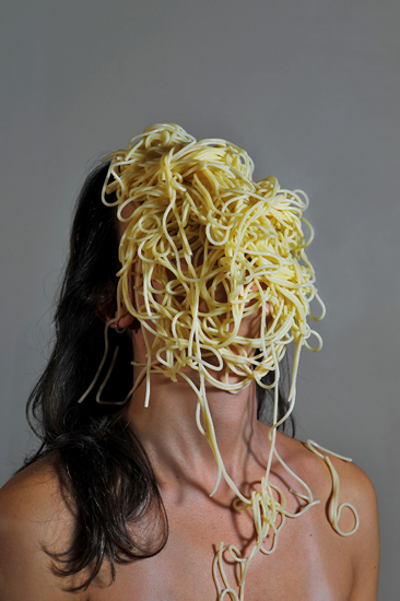 emanuela franchini photography, Spaghetti, self portrait with food on face