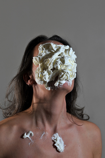 emanuela franchini photography, Cream, self portrait with food on face